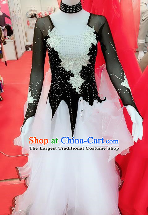 Chinese Traditional Chorus Opening Dance White Dress Modern Dance Stage Performance Costume for Women
