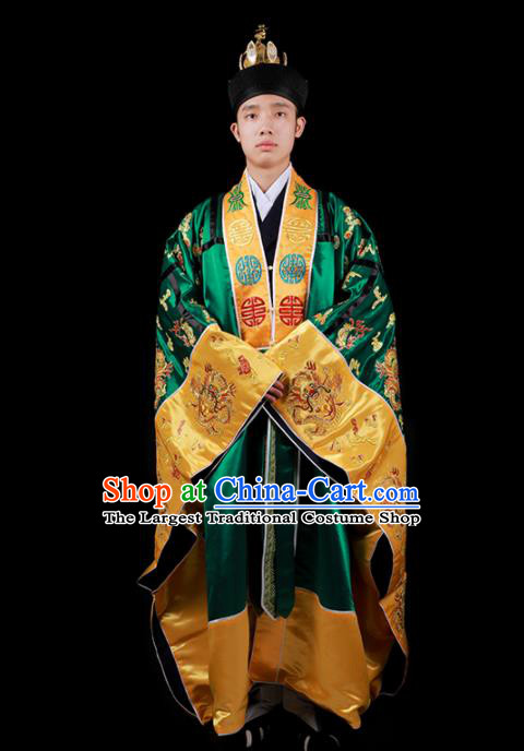 Chinese National Taoist Priest Embroidered Green Cassock Traditional Taoism Rites Costume for Men