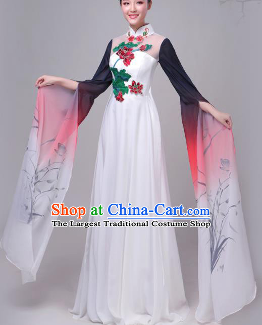 Chinese Traditional Lotus Dance Costume Classical Dance Group Dance Dress for Women