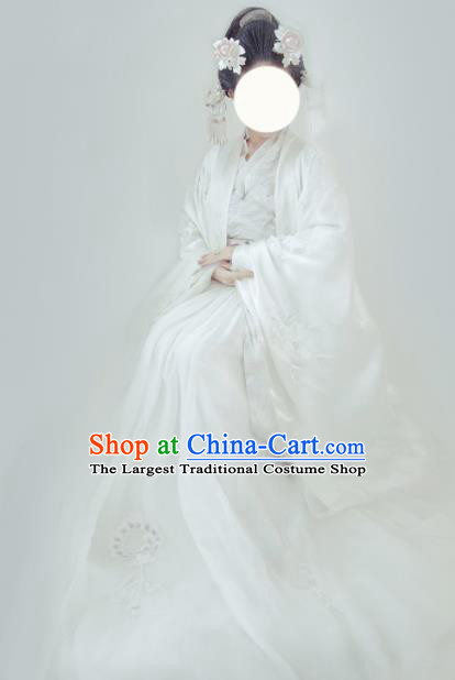 Chinese Traditional White Hanfu Dress Ancient Tang Dynasty Imperial Consort Embroidered Costume for Women