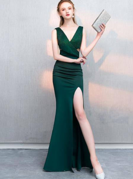 Top Grade Catwalks Green Velvet Formal Dress Compere Modern Fancywork Costume for Women