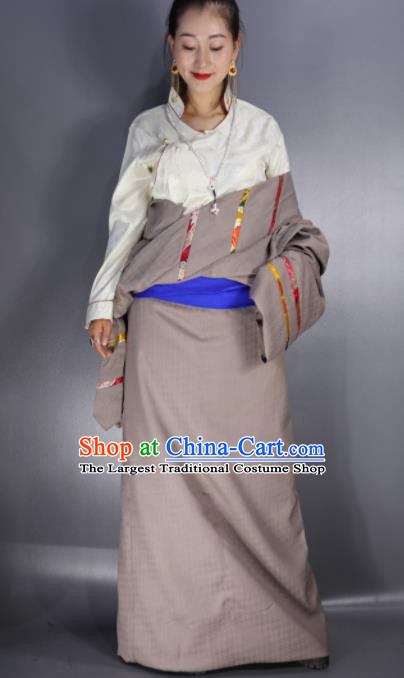 Chinese Traditional National Ethnic Khaki Tibetan Robe Zang Nationality Folk Dance Costume for Women