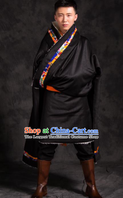 Chinese Traditional Tibetan Black Brocade Robe Zang Nationality Wedding Ethnic Costume for Men