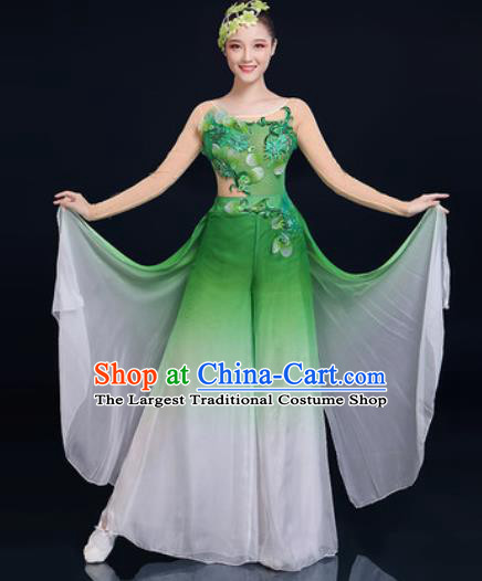 Traditional Chinese Folk Dance Green Clothing Yangko Dance Fan Dance Costume for Women