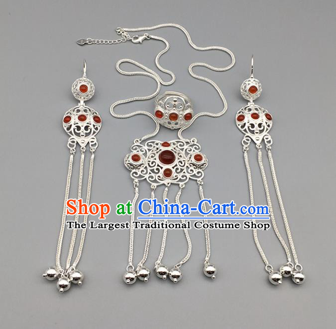 Chinese Traditional Mongolian Ethnic Sliver Accessories Mongol Nationality Agate Necklace and Earrings Ring for Women