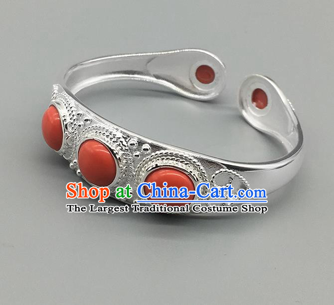 Chinese Traditional Ethnic Coral Stone Bracelet Handmade Mongolian Nationality Sliver Bangle for Women