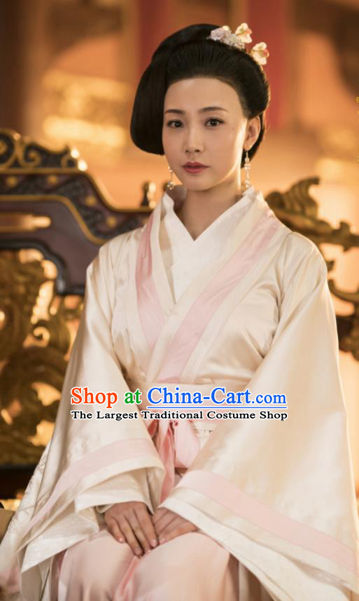 Chinese Ancient Drama Geisha Embroidered Replica Costume Tang Dynasty Courtesan Hanfu Dress and Headpiece for Women