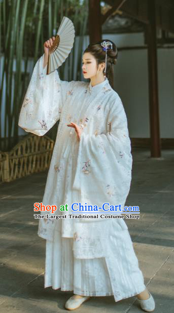 Chinese Ancient Court Queen White Hanfu Dress Traditional Ming Dynasty Historical Costume for Women
