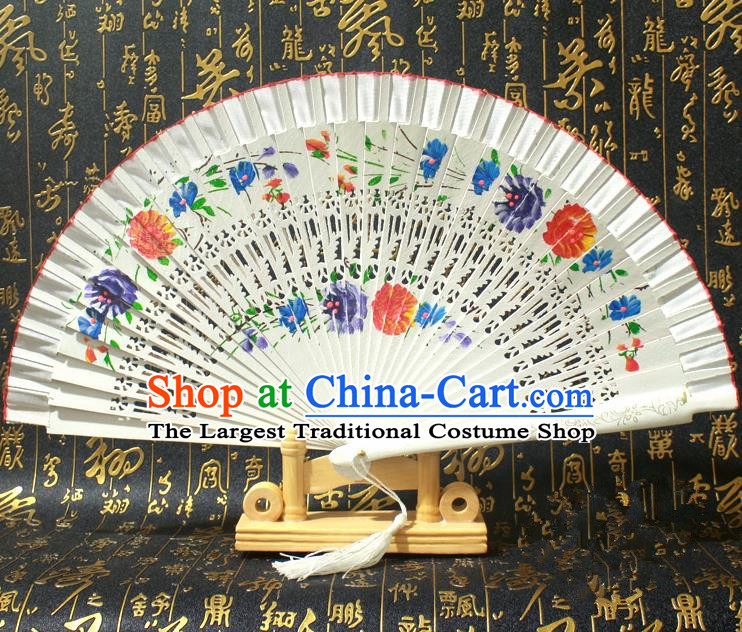 Chinese Handmade Classical Folding Fans Printing Flowers Wood White Silk Accordion Fan for Women