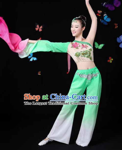 Traditional Chinese Yangko Group Dance Green Clothing Folk Dance Fan Dance Stage Performance Costume for Women