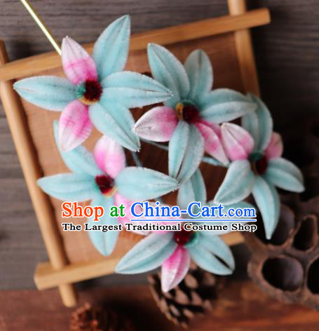 Chinese Handmade Wedding Light Blue Velvet Flowers Hairpins Ancient Palace Queen Hair Accessories Headwear for Women