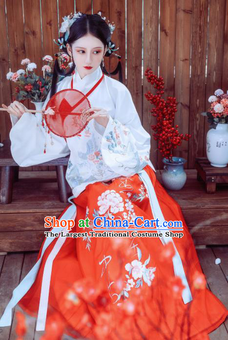 Traditional Chinese Ming Dynasty Court Princess Historical Costume Ancient Palace Embroidered Hanfu Dress for Women