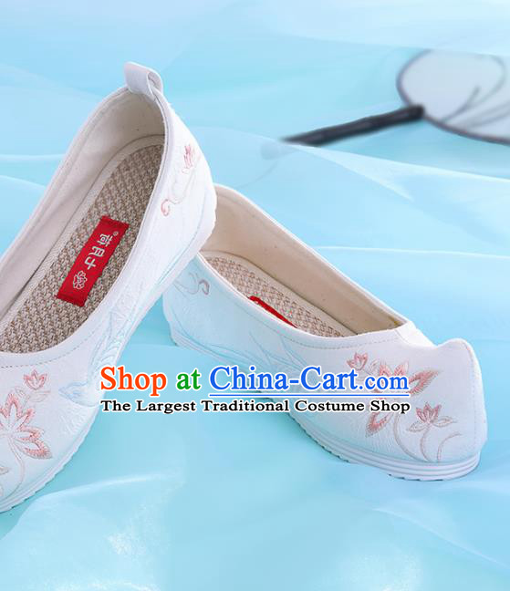 Chinese Traditional Hanfu Shoes Embroidered Pink Lotus Shoes Handmade Ancient Princess Shoes for Women