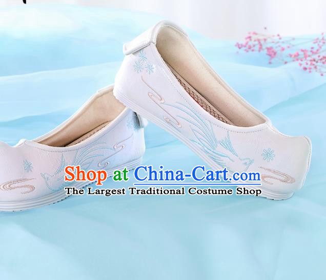 Chinese Traditional Hanfu Shoes Embroidered Bird White Shoes Handmade Ancient Princess Shoes for Women