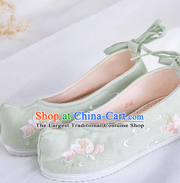 Chinese Traditional Embroidered Shoes Hanfu Green Cloth Shoes Handmade Ancient Princess Shoes for Women