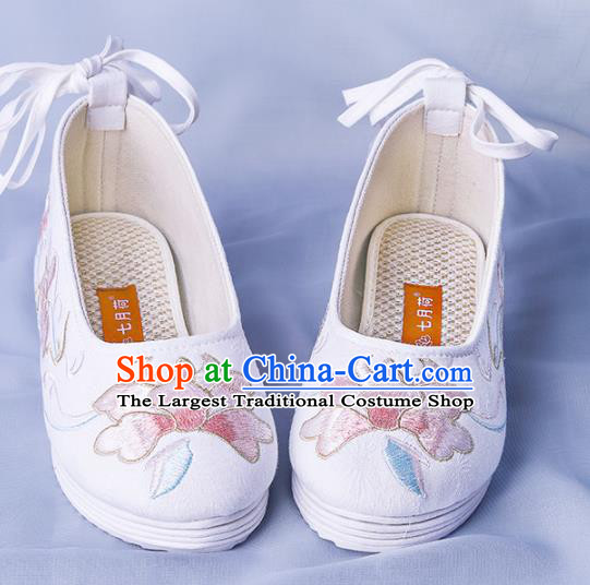 Chinese Traditional White Embroidered Shoes Hanfu Cloth Shoes Handmade Ancient Princess Shoes for Women