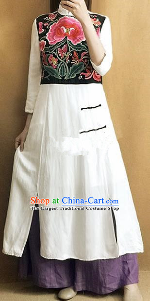 Traditional Chinese Embroidered Peony Cheongsam Plated Buttons White Qipao Dress Tang Suit National Costume for Women