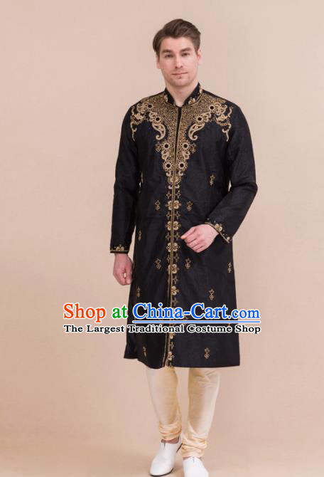 South Asian India Traditional Costume Black Robe and Pants Asia Indian National Suit for Men