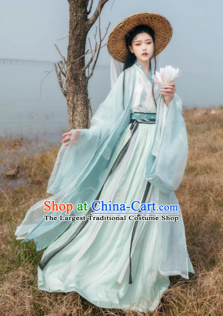 Asian Chinese Jin Dynasty Princess Historical Costume Ancient Swordswoman Traditional Hanfu Dress for Women