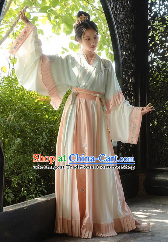 Asian Chinese Ancient Female Embroidered Hanfu Dress Traditional Jin Dynasty Nobility Lady Historical Costume for Women