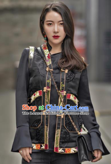 Chinese Traditional Zang Nationality Black Blouse Tibetan Shirt Ethnic Costume for Women
