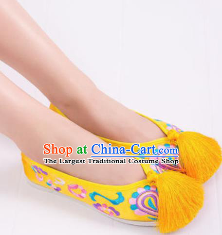 Chinese Traditional Opera Shoes Wedding Yellow Shoes Hanfu Princess Shoes Embroidered Shoes for Women