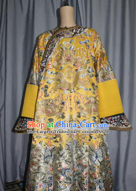 Chinese Traditional Drama Manchu Costume Ancient Qing Dynasty Emperor Golden Silk Imperial Robe for Men