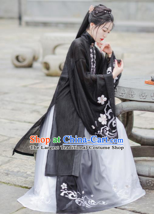 Chinese Ancient Ming Dynasty Princess Black Hanfu Dress Antique Traditional Court Historical Costume for Women