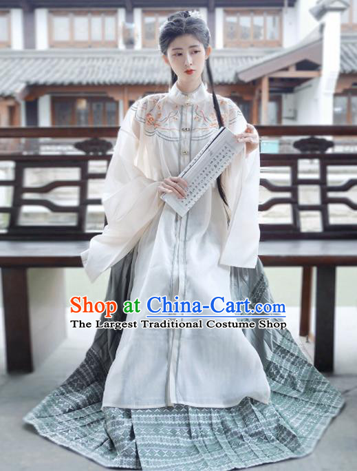 Traditional Chinese Ming Dynasty Princess Historical Costume Ancient Court Lady Hanfu Dress for Women