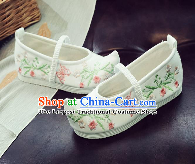 Asian Chinese National White Cloth Shoes Traditional Hanfu Shoes Embroidered Shoes for Women
