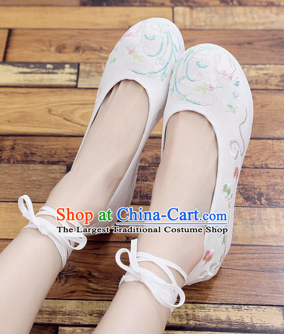 Asian Chinese Classical Dance Embroidered Deer White Shoes Traditional Hanfu Shoes National Cloth Shoes for Women