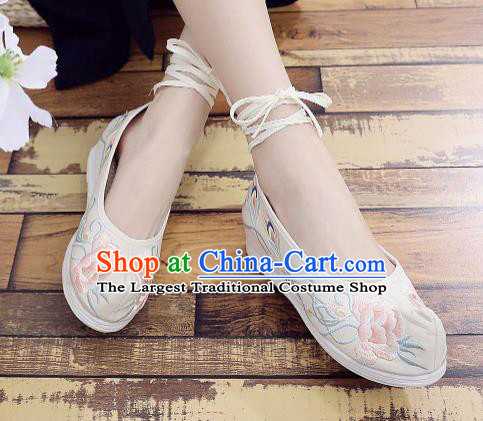 Asian Chinese National Dance Beige Cloth Shoes Embroidered Peony Shoes Traditional Hanfu Shoes for Women