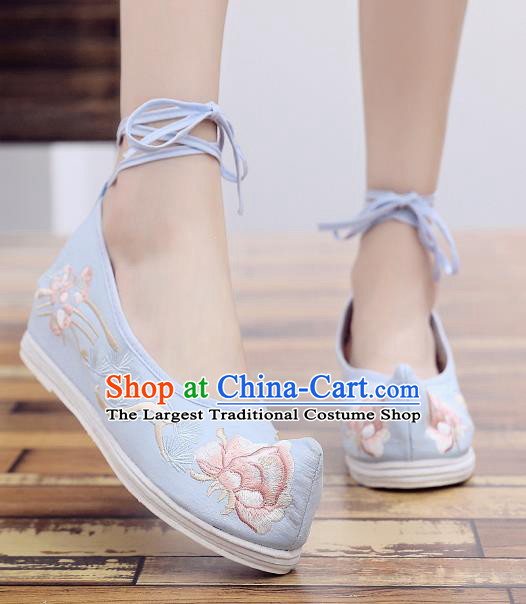 Asian Chinese National Blue Embroidered Peony Shoes Dance Cloth Shoes Traditional Hanfu Shoes for Women