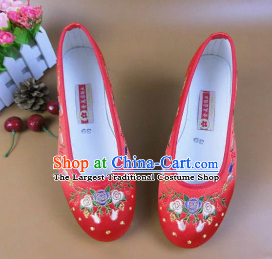 Asian Chinese National Embroidered Flowers Red Shoes Ancient Princess Satin Shoes Traditional Hanfu Shoes for Women