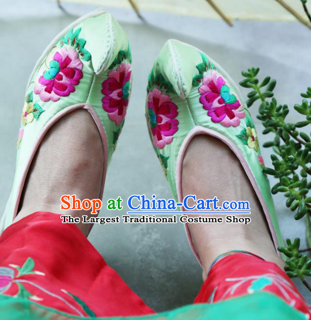 Traditional Chinese Embroidered Peony Green Shoes Handmade Hanfu Shoes Ancient Princess Satin Shoes for Women