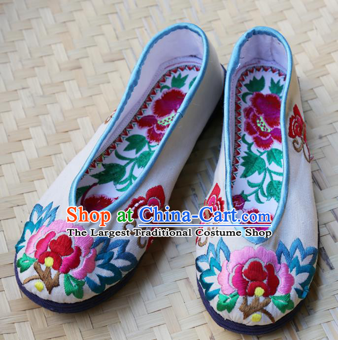 Traditional Chinese White Embroidered Shoes Handmade Hanfu Shoes Ancient Princess Shoes for Women
