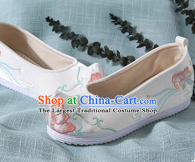 Chinese Handmade White Embroidered Bow Shoes Traditional Ming Dynasty Hanfu Shoes Princess Shoes for Women