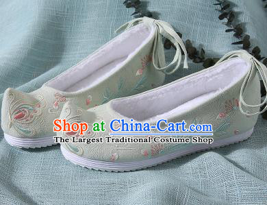 Chinese Handmade Embroidered Butterfly Light Blue Shoes Traditional Ming Dynasty Hanfu Shoes Princess Shoes for Women