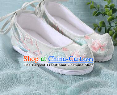 Chinese Handmade Embroidered Lotus Fish Light Green Bow Shoes Traditional Ming Dynasty Hanfu Shoes Princess Shoes for Women