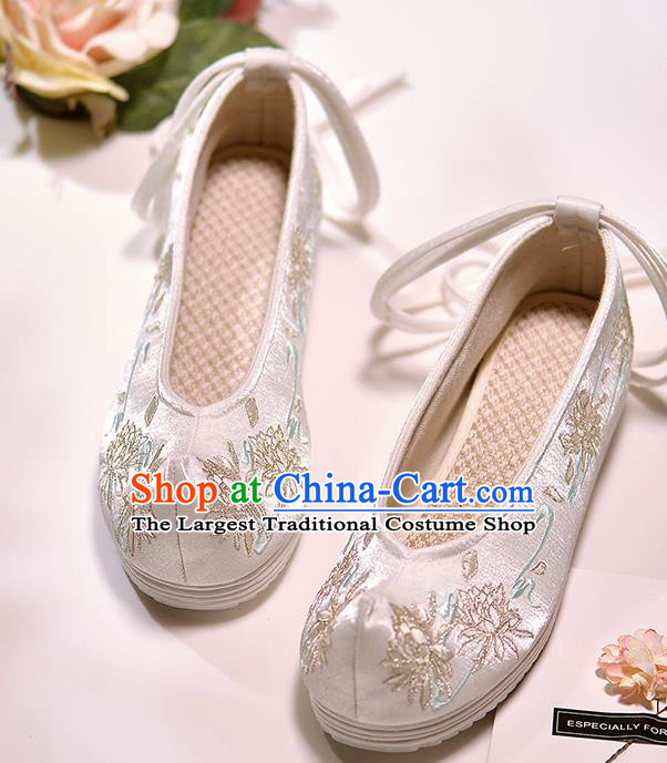 Asian Chinese Embroidered Epiphyllum White Satin Shoes Hanfu Shoes Traditional Opera Shoes Princess Shoes for Women