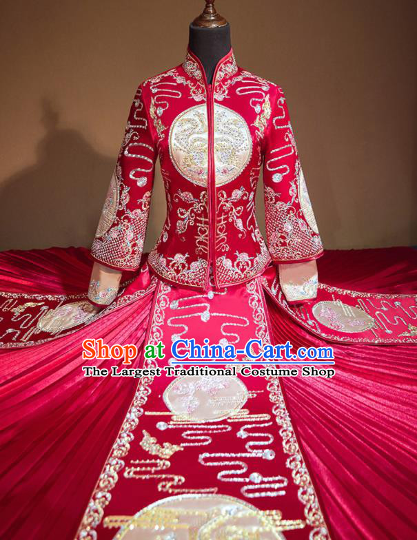 Chinese Traditional Xiu He Suit Embroidered Red Wedding Dress Ancient Bride Costumes for Women