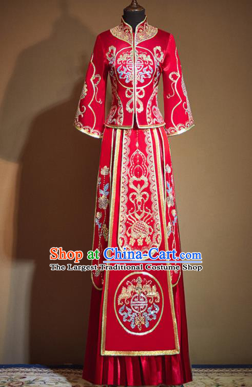 Chinese Traditional Embroidered Red Xiu He Suit Ancient Wedding Dress Bride Costumes for Women