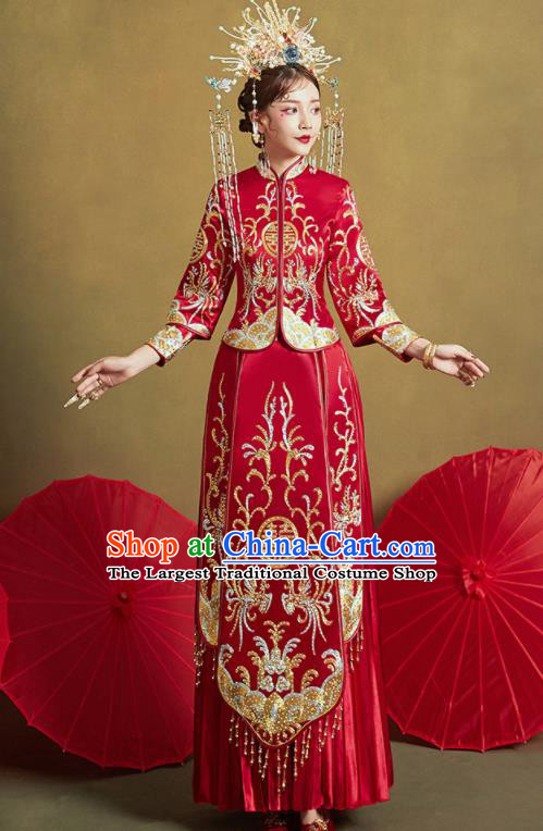 Chinese Traditional Wedding Drilling Xiu He Suit Embroidered Red Dress Ancient Bride Costumes for Women