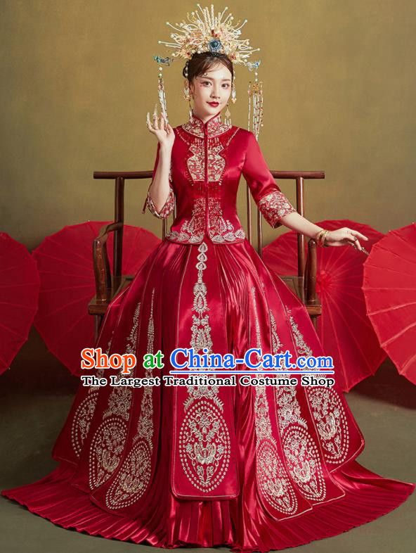 Chinese Traditional Wedding Embroidered Butterfly Drilling Xiu He Suit Red Blouse and Dress Ancient Bride Costumes for Women