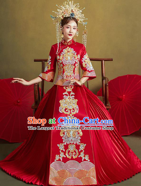 Chinese Traditional Wedding Embroidered Flower Xiu He Suit Red Blouse and Dress Ancient Bride Costumes for Women