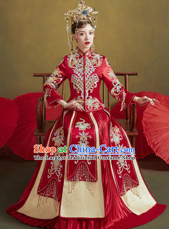 Chinese Traditional Embroidered Wedding Red Xiu He Suit Blouse and Tassel Dress Ancient Bride Costumes for Women