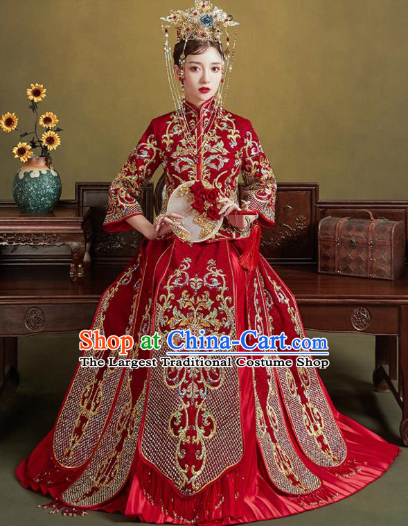 Chinese Traditional Embroidered Wedding Red Drilling Xiu He Suit Blouse and Tassel Dress Ancient Bride Costumes for Women
