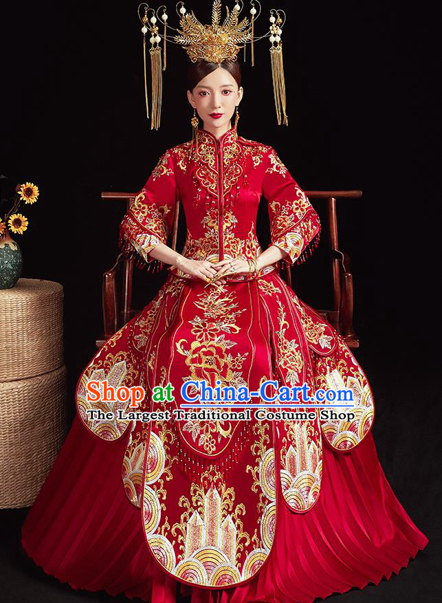 Chinese Ancient Embroidered Peony Flowers Red Blouse and Dress Traditional Bride Xiu He Suit Wedding Costumes for Women