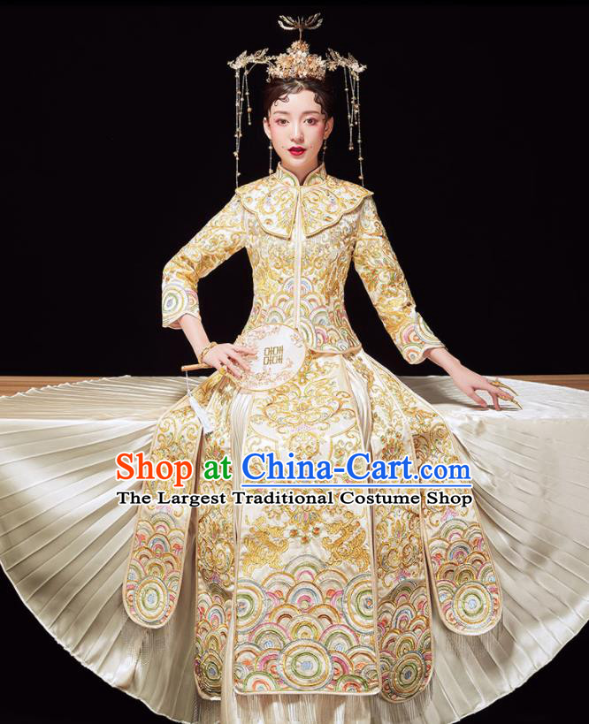Chinese Ancient Embroidered Beige Blouse and Dress Traditional Bride Xiu He Suit Wedding Costumes for Women