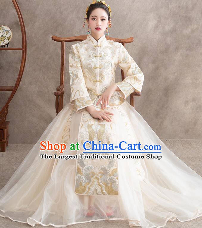 Chinese Ancient Bride Embroidered Carps White Dress Traditional Xiu He Suit Wedding Costumes for Women